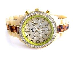 A-Watch dameshorloge met kunststof band - beige / bruin