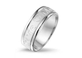 Relatiering / verlovingsring echt zilver met naam gravering - model E