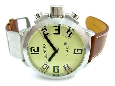 Geneva U-boot XXL horloge